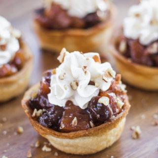 Slow Cooker Cherry-Apple Pie Cups